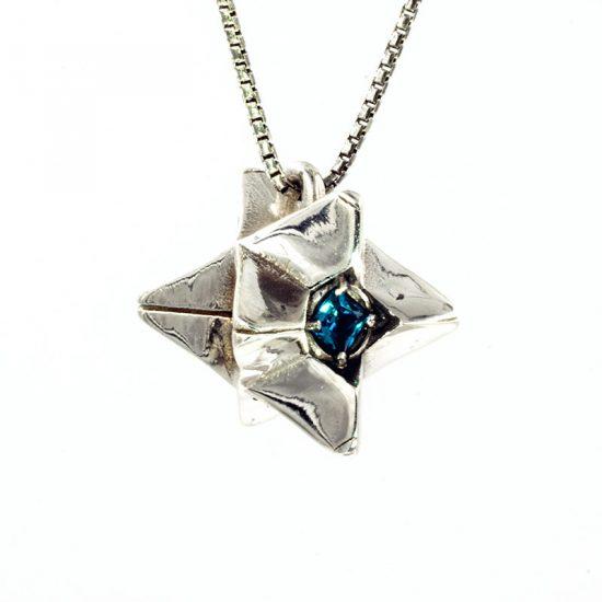 necklace_1_79128c3f-408d-41d0-b432-275e5d5251b2