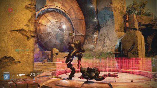 "Plattform am Beginn des Destiny Raids ""die gläserne Kammer"""
