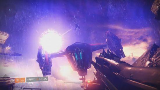 Destiny 2: Ikora Rey zerstört mit ihrer Nova-Bombe ein Kabal-Shuttle.