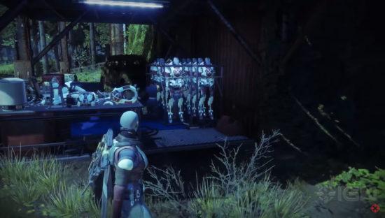 Lord Shaxx Roboter auf der Farm